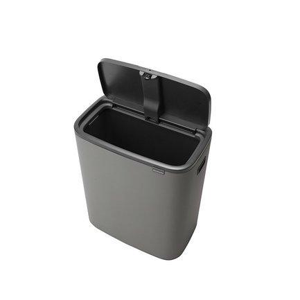 Мусорный бак Bo Touch Bin (60 л), серый 223129 Brabantia мусорный бак touch bin bo 11 л 23 л бордо с эффектом минерального напыления 316326 brabantia