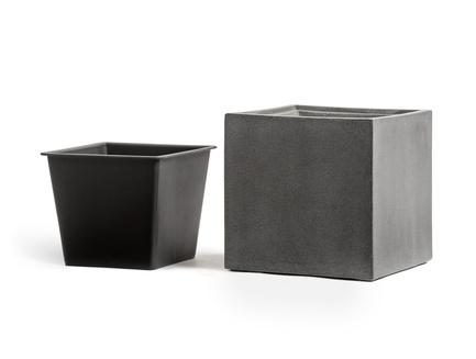 Фото - Кашпо Effectory Beton Куб, 50х50х50 см, темно-серый бетон 41.3317-02-005-GR-50 Treez кашпо effectory beton куб 20х20х20 см темно серый бетон без технич горшка 41 3317 02 005 gr xl 20 treez