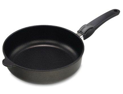 AMT Gastroguss Сковорода глубокая с покрытием Titan, 24х7 см, со съемной ручкой AMT I-724 AMT Gastroguss сотейник d 28 см amt gastroguss frying pans titan induction amt i 828