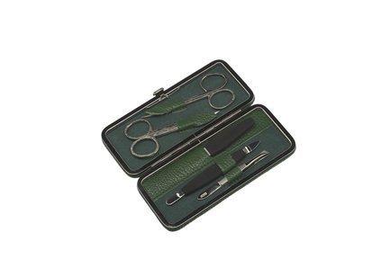 Маникюрный набор, 5 пр., в футляре из натуральной кожи, серый, рептилия