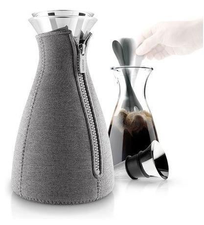 Кофейник Cafe Solo в неопреновом чехле (1.0 л), темно-серый 567668 Eva Solo кофейник cafe solo в чехле светло серый