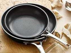 Как правильно выбрать сковороду с антипригарным покрытием