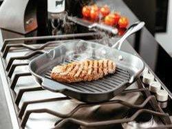 Как правильно выбрать качественную сковороду гриль