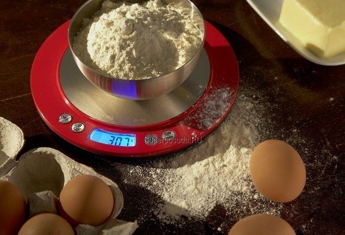 Кухонные сенсорные весы, 20 см, красные (117715) от Superposuda