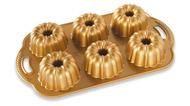 Nordic Ware Форма для выпечки Праздничные пироги 3D (1 л)