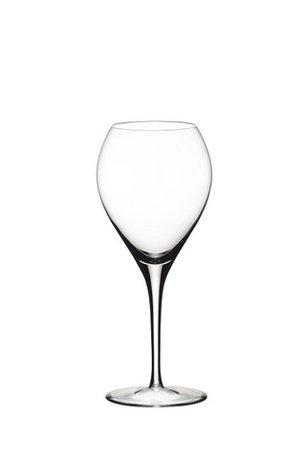 Бокал для белого вина Sauternes (390 мл)Бокалы для белого вина<br>Объем бокала 390 мл, высота 20 см. Изысканность белых вин, их богатый аромат и длительное послевкусие лучше всего ощущается именно бокале, специально разработанном для подачи белых вин. Молодое белое вино в этом бокале дарит свою свежесть, а выдержанное – в полной мере позволяет ощутить свой характерный вкус.<br><br>Серия: Sommeliers