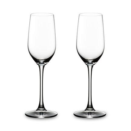 Набор бокалов для текилы Tequila (190 мл), 2 шт.Бар и стекло<br>Объем бокала 190 мл, высота 21 см. Для того чтобы ощутить настоящий вкус текилы, мало лизнуть сок лайма и немного соли перед глотком. Текилу нужно налить в подходящий бокал: небольшой, высокий и удобный. Из такого бокала текила пьется легко и быстро, оставляя во рту приятное послевкусие, которое подкрепляется соком из лимонной дольки.<br><br>Серия: Overture