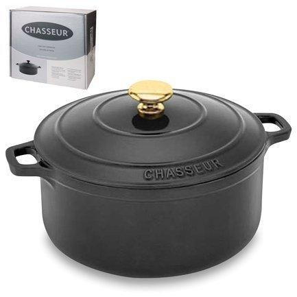 Кастрюля с крышкой, 24x16 см (3.8 л), чернаяПосуда<br>Круглая кастрюля из чугуна с эмалированным покрытием идеально подходит для тушения и томления блюд из овощей и мяса. В ней вы можете приготовить густой и насыщенный суп или основное блюдо, как на кухонной плите, так и в духовке. Ручки кастрюли нагреваются, но их удобная форма позволяет легко пользоваться прихватками для перемещения кастрюли. Также эта кастрюля может пригодиться для маринования продуктов и хранения в холодильнике или даже морозильной камере.<br><br>Серия: Chasseur