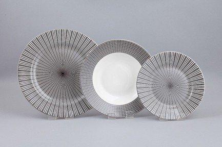 Набор тарелок Эклипс на 6 персон, 18 пр.Тарелки и Блюдца<br>Набор элегантных тарелок из 18 предметов на 6 персон. Идеален для торжественной сервировки стола. Каждая тарелка в наборе выполнена с прекрасным вкусом и изяществом. Тонкое исполнение подчеркивает удивительную природную красоту фарфора.<br><br>Серия: Эклипс<br>Состав: Тарелка подстановочная - 6 шт.,  Тарелка суповая - 6 шт., Тарелка закусочная - 6 шт.
