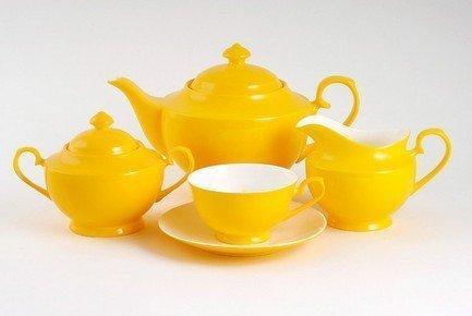 Чайник Желтое (1.3 л)Заварочные чайники и Кофейники<br>Изящный заварочный чайник станет настоящим украшением вашего стола. Элегантное оформление и эффектное цветовое решение подчеркивают природную красоту фарфора.<br><br>Серия: Желтое