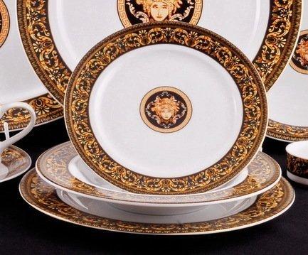 Набор тарелок Сабина Версаче Классик, 18 пр.Тарелки и Блюдца<br>Эти изящные тарелки помогут сервировать стол к обеду с отменным вкусом и неповторимым стилем. Набор рассчитан на 6 персон и состоит из суповых, обеденных и десертных тарелок.<br><br>Серия: Сабина Версаче Классик<br>Состав: Тарелка суповая - 6 шт., Тарелка обеденная - 6 шт., Тарелка десертная, 19 см - 6 шт.