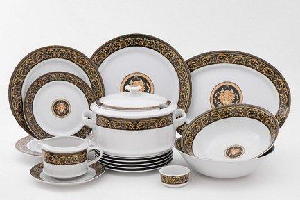 Сервиз столовый Сабина Версаче Классик, 25 пр.Столовые сервизы<br>Этот стильный и функциональный набор изящной фарфоровой посуды поможет создать эффектную сервировку и неповторимую атмосферу для обычного домашнего обеда и для торжественной трапезы. Набор рассчитан на 6 персон и состоит из удобных тарелок для первых, вторых и десертных блюд, вместительной супницы, большого круглого блюда для мяса и овального блюда для рыбы, миниатюрной солонки и соусника с подставкой. Для салата в наборе предусмотрены два вместительных салатника для подачи общих блюдов.<br><br>Серия: Сабина Версаче Классик<br>Состав: Супница (2.5 л) - 1 шт., Тарелка мелкая, 25 см - 6 шт., Тарелка глубокая, 22.5 см - 6 шт., Тарелка десертная, 19 см - 6 шт., Салатник, 25 см - 1 шт., Салатник, 23 см - 1 шт., Блюдо овальное, 35 см...