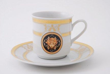 Набор чашек Сабина Золото Версаче (0.15 л) с блюдцами, 6 шт.Чашки и Кружки<br>Отличный набор для чая и кофе, рассчитанный на 6 персон. Удобные фарфоровые чашки прекрасно подходят для горячих ароматных напитков, а блюдца изящно дополнят выполненную со вкусом сервировку стола.<br><br>Серия: Сабина Золото Версаче<br>Состав: Чашки (0.2 л) - 6 шт., Блюдца - 6 шт.