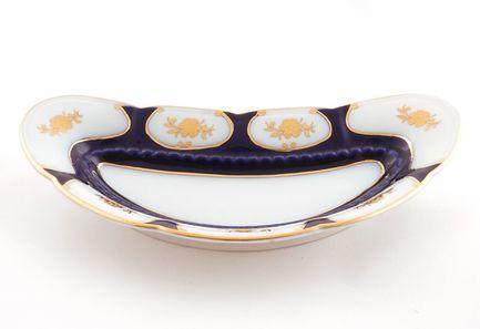 Блюдо для костей Соната Темно-синий орнамент с золотомПодносы и Блюда<br>Это элегантное блюдо для костей – потрясающе красивый и очень удобный предмет посуды. Это вместительное всегда пригодится для аккуратной и гармоничной сервировки стола.<br><br>Серия: Соната Темно-синий орнамент с золотом