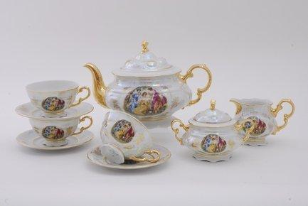 Сервиз чайный Соната Пастораль, 15 пр.Чайные сервизы<br>Этот изящный чайный сервиз поможет вам создать стильную и гармоничную сервировку стола для чаепития. Сервиз рассчитан на 6 персон. Из вместительного красивого чайника легко и удобно разливать вкусный чай по чашкам. Для сахара в наборе есть элегантная сахарница с крышкой, для молока - красивый молочник.<br><br>Серия: Соната Пастораль<br>Состав: Кружки (0.2 л) - 6 шт., Блюдца - 6 шт., Чайник (1.1 л) - 1 шт., Сахарница с крышкой (0.2 л)- 1 шт., Молочник (0.2 л) - 1 шт.