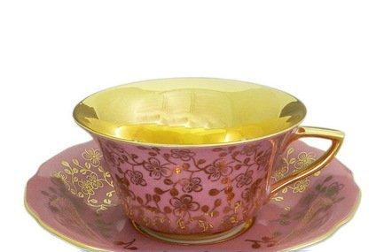 Чашка низкая Виндзор (0.15 л) с блюдцемЧашки и Кружки<br>Эта элегантная фарфоровая чашка с изящным декором и позолотой прекрасно подходит для кофе и чая, а миниатюрное блюдце эффектно дополняет элегантный комплект посуды и может использоваться для пирожных, печенья или других сладостей. Изящная чайная пара станет прекрасным подарком для друга или коллеги.<br><br>Серия: Виндзор