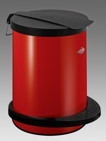 Мусорный контейнер с педалью (13 л), красный (117755)Мусорные ведра<br>Этот вместительный мусорный контейнер с крышкой и педалью отличается стильным исполнением и потрясающим удобством в использовании. Корпус контейнера выполнен из высококачественной нержавеющей стали, покрытой стойкой краской, крышка и внутреннее мусорное ведро - из прочного бытового пластика. Контейнер прекрасно впишется в интерьер вашей кухни, санузла, балкона и террасы.<br><br>Серия: Pedal Waste Bin