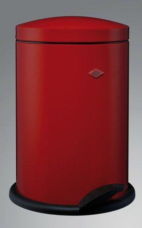 Мусорный контейнер (13 л), красный (118031)Мусорные ведра<br>Элегантный, вместительный контейнер с крышкой и педалью, выполненный из высококачественной нержавеющей стали и покрытый стойкой краской, отличается стильным исполнением и потрясающим удобством в использовании. Внутреннее мусорное ведро изготовлено из прочного бытового пластика, легко очищается и моется. При помощи педали крышку можно открыть и зафиксировать в открытом положении, а затем закрыть повторным нажатием на педаль. Контейнер прекрасно впишется в интерьер вашей кухни, санузла, балкона или террасы.<br><br>Серия: Pedal Waste Bin