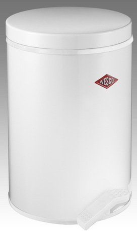 Мусорный контейнер с педалью (13 л), белый (117766)Мусорные ведра<br>Элегантный, вместительный контейнер с крышкой и педалью, выполненный из высококачественной нержавеющей стали и покрытый стойкой краской, отличается стильным исполнением и потрясающим удобством в использовании. Внутреннее мусорное ведро изготовлено из прочного бытового пластика, легко очищается и моется. При помощи педали крышку можно открыть и зафиксировать в открытом положении, а затем закрыть повторным нажатием на педаль. Контейнер прекрасно впишется в интерьер вашей кухни, санузла, балкона или террасы.<br><br>Серия: Pedal Waste Bin