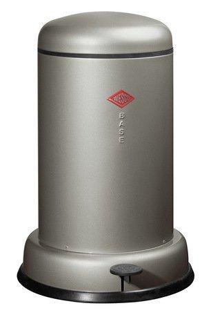 Мусорный контейнер Baseboy (15 л), серебро (117541)Мусорные ведра<br>Этот элегантный и практичный мусорный контейнер отличается стильным исполнением, потрясающим удобством в использовании, надежностью и долговечностью. Контейнер прекрасно впишется в интерьер вашей кухни, санузла, балкона или террасы. Корпус и крышка контейнера изготовлены из высококачественной нержавеющей стали и покрыты стойкой лаковой краской. Педаль и устойчивое основание в виде декоративного кольца выполнены из прочного бытового пластика. А внутреннее мусорное ведро изготовлено из гальванизированной огнестойкой стали. Контейнер легко открывается при помощи педали, выполненной из прочного нескользящего пластика.<br><br>Серия: Baseboy