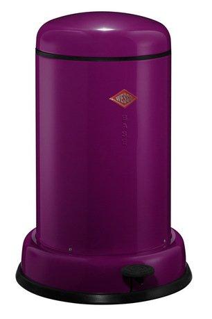 Мусорный контейнер Baseboy (15 л), баклажан (117546)Мусорные ведра<br>Этот элегантный и практичный мусорный контейнер отличается стильным исполнением, потрясающим удобством в использовании, надежностью и долговечностью. Контейнер прекрасно впишется в интерьер вашей кухни, санузла, балкона или террасы. Корпус и крышка контейнера изготовлены из высококачественной нержавеющей стали и покрыты стойкой лаковой краской. Педаль и устойчивое основание в виде декоративного кольца выполнены из прочного бытового пластика. А внутреннее мусорное ведро изготовлено из гальванизированной огнестойкой стали. Контейнер легко открывается при помощи педали, выполненной из прочного нескользящего пластика.<br><br>Серия: Baseboy