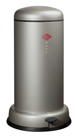 Мусорный контейнер Baseboy (20 л), серебро (117550)Мусорные баки<br>Этот элегантный, вместительный мусорный контейнер отличается стильным исполнением, потрясающим удобством в использовании, надежностью и долговечностью. Контейнер прекрасно впишется в интерьер вашей кухни, санузла, балкона или террасы. Корпус и крышка контейнера изготовлены из высококачественной нержавеющей стали и покрыты стойкой лаковой краской. Педаль и устойчивое основание в виде декоративного кольца выполнены из прочного бытового пластика, а внутреннее мусорное ведро - из гальванизированной огнестойкой стали. Контейнер легко открывается при помощи педали, выполненной из прочного нескользящего пластика.<br><br>Серия: Baseboy