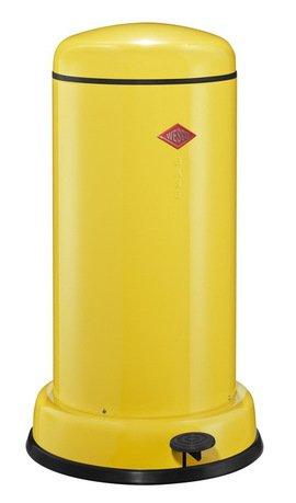 Мусорный контейнер с педалью (20 л), желтый (117552)Мусорные баки<br>Этот элегантный, вместительный мусорный контейнер отличается стильным исполнением, потрясающим удобством в использовании, надежностью и долговечностью. Контейнер прекрасно впишется в интерьер вашей кухни, санузла, балкона или террасы. Корпус и крышка контейнера изготовлены из высококачественной нержавеющей стали и покрыты стойкой лаковой краской. Педаль и устойчивое основание в виде декоративного кольца выполнены из прочного бытового пластика, а внутреннее мусорное ведро - из гальванизированной огнестойкой стали. Контейнер легко открывается при помощи педали, выполненной из прочного нескользящего пластика.<br><br>Серия: Baseboy