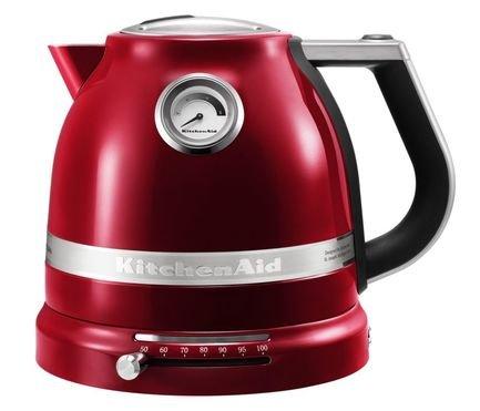 Электрочайник Artisan (1.5 л), карамельное яблокоЧайники электрические<br>Этот красивый электрический чайник был разработан для того, чтобы вода не только закипала, но подогревалась до необходимой температуры максимально быстро. Это идеальная модель для заваривания популярных сортов чая (улуна, эрл грея, дарджилинг и других), для которых не нужен крутой кипяток. Температуру нагрева воды вы сможете установить самостоятельно (50&amp;deg;C - 100&amp;deg;C), подбирая ее под тип завариваемого напитка. Для белого чая лучше всего подходит вода 70&amp;deg;C, для зеленых чаев - 80&amp;deg;C, для кофе - 90&amp;deg;C. Так вкус чая не искажается и раскрывается в полной мере.     Характеристики:   Мощность: 2400Вт  Объем: 1.5 л  Размеры: 20.3 24.1 27.2 см<br><br>Серия: Proline Kettle