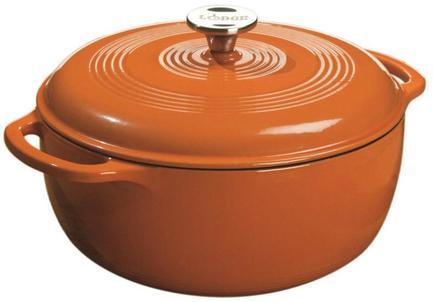 Кастрюля круглая эмалированная (5.6 л), 27 см, оранжевая, высота 11 смПосуда<br>В этой красивой кастрюле вы сможете приготовить самые разнообразные первые и вторые блюда: супы, каши, плов, любые гарниры, тушеное мясо, рагу. Кастрюля изготовлена из чугуна и покрыта прочным слоем эмали, благодаря чему в ней замечательно томятся блюда из овощей и мяса и получаются очень ароматными и насыщенными. В этой посуде вы можете готовить не только на любой плите, но и в духовке.<br><br>Серия: Lodge Эмалированный чугун