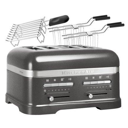 Тостер Artisan для 4 тостов, 5KMT4205EMS, серебряный медальонТостеры<br>Новый тостер Artisan – яркий и функциональный – рассчитан на приготовление тостов для всей семьи. В нем вы сможете поджаривать два или четыре тоста одновременно. Он универсален: разморозит, подогреет и подрумянит тосты и другую выпечку. Тостер в корпусе из литого алюминия продуман до последней мелочи и выполнен в фирменном «китченэйдовском» стиле. Встроенная металлическая конструкция подходит для всех видов хлебобулочных изделий. Отверстие решетки достаточно широкое, чтобы поджаривать не только привычные тостеры-слайсы, но всевозможные булочки и бейглы – большие бублики из заварного теста, которые так приятно намазывать мягким сыром и другими начинками.      Это модель для тех, кто ценит свое время и хочет через несколько мгновений получить мягкую и свежую выпечку с хрустящей корочкой, не прикладывая особых усилий. Здесь многие процессы автоматизированы. Благодаря автоматическому датчику тосты сами опускаются, подогреваются и поднимаются. Выбор степени поджарки был модифицирован и теперь он регулируется удобным светодиодным таймером.      Для любителей сэндвичей тостер комплектуется специальной зажимной решеткой, в которой бутерброды поджариваются очень равномерно. Это решетка позволяет начинять сэндвичи любой начинкой, так как плотно зажимает кусочки хлеба. Для булочек и бейглов лучше выбрать специальный режим, в котором эти изделия изнутри поджариваются, а снаружи подогреваются. Кроме того, вы легко можете готовить свежие и хрустящие тосты из замороженных полуфабрикатов, тостер Artisan правильно разморозит их и поджарит.      Характеристики:   Мощность: 1250 Вт  Размеры: 20.5 34.8 30.4 см  Вес: 7.5 кг  Поддон для крошек выдвижной  Гарантия: 5 лет<br><br>Состав: Решетка для сэндвичей зажимная