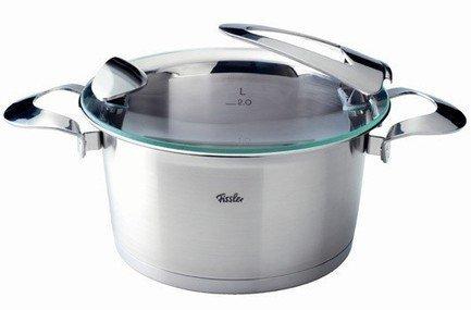 Кастрюля Солеа, 24 см (5.1 л), матовая, толщина дна 12 ммПосуда<br>Эксклюзивный дизайн кастрюли поднимет настроение хозяйке, а масса полезных функций упростит процесс приготовления пищи. Строго придерживаться рецепта поможет мерная шкала, а при сливе воды специальный ободок не позволит испачкать кастрюлю. Кастрюля может применяться на всех видах плит, благодаря дну CookStar. Оно же позволяет существенно сэкономить энергию.<br><br>Серия: Solea