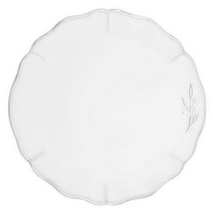 Тарелка Alentejo, 34 см, белаяТарелки и Блюдца<br>Тарелка большого диаметра используется для подачи основных блюд. Ее размер позволяет сделать красивую презентацию и удивить ваших приглашенных своей фантазией и профессионализмом. Классический строгий дизайн позволяют использовать эту тарелку для домашних обедов и торжественных случаев.<br><br>Серия: Alentejo