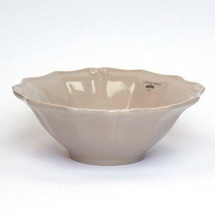 Тарелка Barroco, 18 см, коричневая, покрытие глазурьТарелки и Блюдца<br>Плоская керамическая тарелка среднего размера универсальна. Она пригодится для подачи закусок, десерта, кондитерских изделий или фруктов. Благодаря прочности керамики вы можете пользоваться тарелкой ежедневно, в то время как, строгий классический позволяет сервировать ее и для более торжественных случаев.<br><br>Серия: Barroco