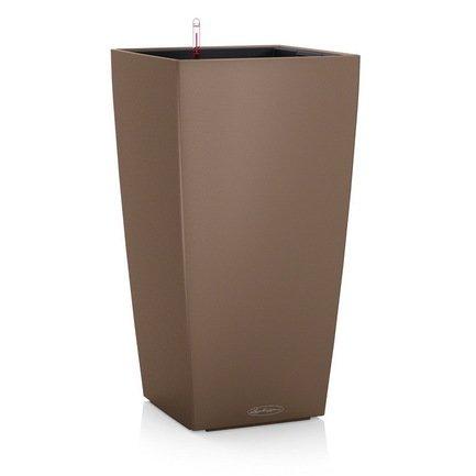 Кашпо Кубико Колор 22, мускат, все-в-одномКашпо<br>Кашпо кубической формы размером 22х41 см предназначено для посадки растений с высотой побегов до 50 см. Кашпо укомплектовано съемным горшком с объемом посадочной площади – 6 литров. Вместимость резервуара для воды съемного лотка – около 2 литров. Запатентованная система автополива обеспечивает растения питательными веществами и влагой, которые необходимы для их оптимального роста в течение 12 недель. Контролировать уровень воды удобно благодаря специальному индикатору. Съемный горшок легко вынуть и заменить на месте, также его удобно транспортировать и хранить.<br><br>Серия: Cubico Color