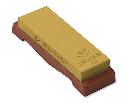 Камень точильный Chosera, 21х7х2.5 мм, средний на подставкеМусаты, Устройства для заточки<br>При помощи этого камня вы сможете заточить нож до желаемой остроты,а также отполировать его. Подробные инструкции прилагаются.<br><br>Серия: Chosera