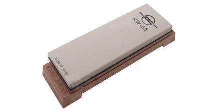 Камень точильный водный комбинированный, 18.5х6.3х2.5 см, средний/финишный, с подставкойМусаты, Устройства для заточки<br>При помощи этого камня вы сможете заточить нож до желаемой остроты,а также отполировать его. Подробные инструкции прилагаются.<br>