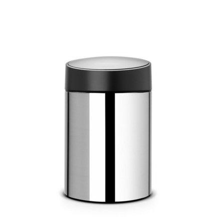 Ведро для мусора с крышкой Slide (5 л), 31.5х20.5х21.8 см, стальной полированныйМусорные ведра<br>Стильный мусорный бак с пластиковой крышкой компактен и практичен. Его объема – 5 литров – достаточно для ежедневного сбора мусора в туалете и ванной комнате. Корпус бака изготовлен из качественной нержавеющей стали, устойчивой к появлению коррозии. Это именно то, что нужно для сбора мусора в условиях повышенной влажности в помещении. Главная особенность бака – в практичных деталях, которые делают его очень удобным. Бак можно традиционно поставить на пол в любом подходящем месте, а можно прикрепить к стене, например, возле умывальника на уровне рук. Для этого в комплекте идет держатель из нержавеющей стали, на него контейнер надевается своей задней стенкой. Внутрь бака вставляется пластиковое ведро, на которое надевается мусорный пакет. Съемное ведро легко содержать в чистоте: оно удобно вынимается и моется. На дне бака есть специальное пластиковое кольцо, благодаря чему металлический корпус не царапает пол и стоит очень устойчиво даже на мокром покрытии. На баке установлена пластиковая вращающаяся крышка, она не пропускает запах, удобно открывается и закрывается легким прикосновением.<br><br>Серия: Slide Bin