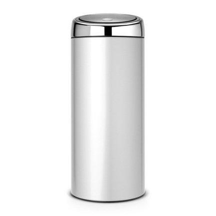Мусорный бак Touch Bin (30 л), 31х72.5 см, серый металликМусорные баки<br>Высокий и вместительный мусорный бак Brabantia Touch Bin выглядит очень стильно. Дизайн бака позволяет ему не прятаться укромно в уголке, а занять любое удобное для вас место на кухне дома или в кабинете офиса. Эта модель не только красива, но и практична. Корпус изготовлен из нержавеющей стали и выкрашен в серый металлик. Благодаря системе Soft-Touch пользоваться баком удобно: легким движение руки вы мягко и бесшумно откроете и закроете крышку. У этой модели есть защитное основание из пластмассы, благодаря которому стальной корпус не царапает пол. Внутри бака устанавливается съемное пластиковое ведро, на которое надевается мусорный мешок. Для этой модели подходят мешки размера G. В корпусе съемного ведра есть специальные отверстия для вентиляции, и полный пакет с мусором благодаря этим отверстиям вынимается из ведра без образования вакуума.<br><br>Серия: Touch Bin