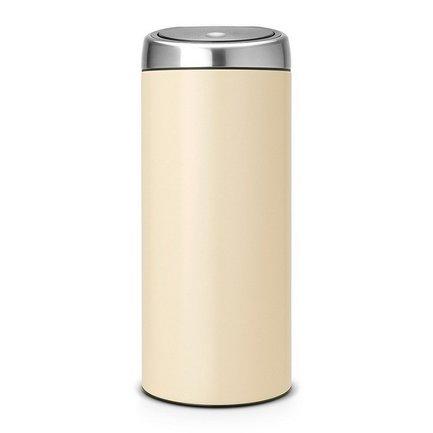 Мусорный бак Touch Bin (30 л), 31х72.5 см, миндальныйМусорные баки<br>Высокий и вместительный мусорный бак Brabantia Touch Bin выглядит очень стильно. Дизайн бака позволяет ему не прятаться укромно в уголке, а занять любое удобное для вас место на кухне дома или в кабинете офиса. Эта модель не только красива, но и практична. Корпус изготовлен из нержавеющей стали и выкрашен в миндальный цвет. Благодаря системе Soft-Touch пользоваться баком удобно: легким движение руки вы мягко и бесшумно откроете и закроете крышку. У этой модели есть защитное основание из пластмассы, благодаря которому стальной корпус не царапает пол. Внутри бака устанавливается съемное пластиковое ведро, на которое надевается мусорный мешок. Для этой модели подходят мешки размера G. В корпусе съемного ведра есть специальные отверстия для вентиляции, и полный пакет с мусором благодаря этим отверстиям вынимается из ведра без образования вакуума.<br><br>Серия: Touch Bin