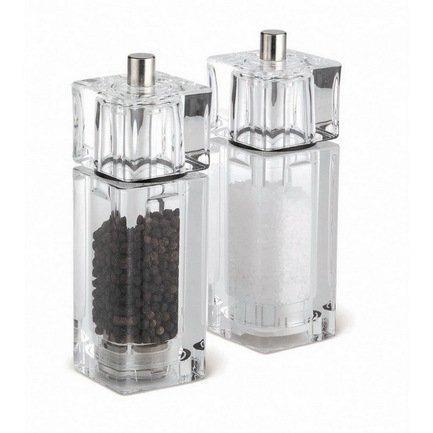 Мельница для соли Cube, 14.5 смМельницы для перца, соли, специй<br>Благодаря ручной мельнице Cube вы и ваши гости смогут регулировать размер крупинок соли по своему желанию. С каждым поворотом мельничного механизма Precision кристаллики будут становиться меньше. Индивидуальный помол соли и внимательное отношение к своим вкусовым ощущения станут доброй традицией за вашим столом.<br><br>Серия: Cube