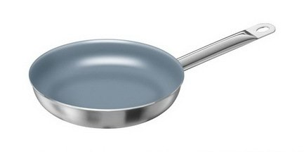 Сковорода TWIN Choice с керамическим покрытием, 20 смПосуда<br>В удобной сковороде с керамическим покрытием вы сможете обжарить, протушить или пожарить мясо, рыбу и овощи. Ее поверхность отличается отменной термостойкостью. Сковорода легко моется и компактно хранится в подвешенном состоянии (для этого на эргономичной ручке есть специальное «ушко»).<br><br>Серия: CHOICE
