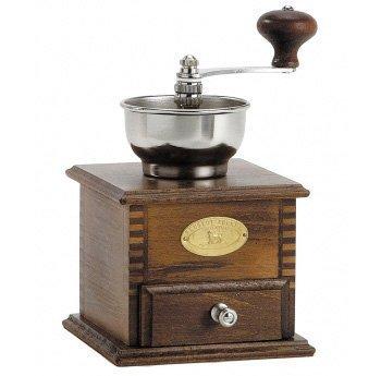 Мельница для кофе деревянная Bresil, 21 смПодарки на день рождения<br>Необходимый аксессуар для настоящих гурманов, понимающих толк в насыщенности и аромате кофе. Измельчая зерновой кофе непосредственно перед завариванием, вы не дадите ему потерять свой аромат. Мельничный механизм кофемолок Peugeot оснащен специальным регулятором, который позволяет менять размер помола от грубого до сверхтонкого.<br><br>Серия: Bresil
