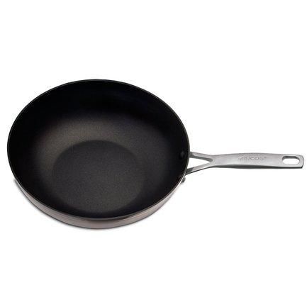 Вок Endura, 28 см, с антипригарным покрытиемВоки (Азиатские сковороды)<br>Вок с антипригарным покрытием - удобная посуда для приготовления различных блюд азиатской кухни. Мясо, рыба или овощи, порезанные на мелкие кусочки, быстро обжариваются в этой сковороде с круглым дном небольшого диаметра и толстым внешним основанием. Продукты готовятся намного быстрее, чем в традиционной сковороде, сохраняя при этом больше полезных и питательных веществ.<br><br>Серия: Endura