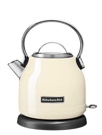 Электрочайник (1.25 л), кремовыйЧайники электрические<br>Дизайнеры модной кухонной техники Kitchenaid предлагают вашему вниманию яркую разработку 2015 г. - электрочайник 5KEK1222, выполненный в элегантном ретро. Чайник исключительно точно и чутко отвечает требованиям, предъявляемым к современной технике - экономичность, практичность, безопасность, способность становиться гармоничной частью любого интерьера.     Небольшой объем (1.25 л) позволяет осуществлять исключительно быстрое нагревание, при существенной экономии электроэнергии. Удобное основание дает возможность устанавливать чайник любой стороной на 360&amp;deg;.     Выразительная и стильная кнопка On/Off имеет светодиодный индикатор состояния. Легкая съемная алюминиевая крышка открывает широкое основание, удобное для наполнения чайника водой. Контроль за объемом - четкая разметка, нанесенная на внутреннюю поверхность.     Одновременно с кипячением, чайник производит очистку воды, фильтр-сетка не допускает попадания в чашку известковых отложений. Предусмотрено легкое снятие и очищение фильтра.     Корпус чайника изготовлен из нержавеющей стали - гарантия долговечности и надежности. Удобная ручка выполнена из гладкого алюминия. Конструкция непротекаемого носика позволяет аккуратно и точно наполнять чашки.<br>