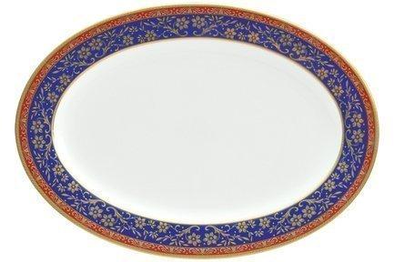Блюдо овальное Кобальт, 31 смПодносы и Блюда<br>Овальное блюдо из тонкого фарфора – красивая посуда для подачи горячего, гарниров или закуски к праздничному столу. На блюдо большого размера можно аккуратно выложить овощную или мясную нарезку.<br><br>Серия: Кобальт