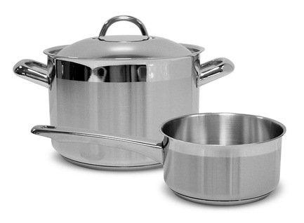 Набор посуды Европа, 2 пр.Наборы кастрюль<br>Этот элегантный набор, состоящий из удобной кастрюли и сотейника, пригодится в каждом доме. С ним вы сможете готовить несколько блюд к обеду или ужину одновременно . Вся утварь изготовлена из качественной нержавеющей стали. Можно мыть в посудомоечной машине.<br><br>Серия: Европа<br>Состав: Кастрюля с крышкой (3 л), 18 см, Ковш с крышкой (1.9 л), 16 см
