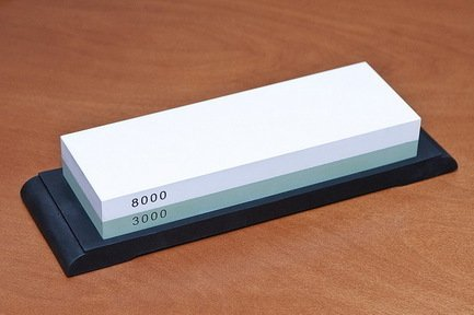 Камень точильный Nakatomi водный комбинированный #3000/#8000Мусаты, Устройства для заточки<br>При помощи этого камня вы сможете заточить нож до желаемой остроты, а также отполировать его. Подробные инструкции прилагаются.<br>