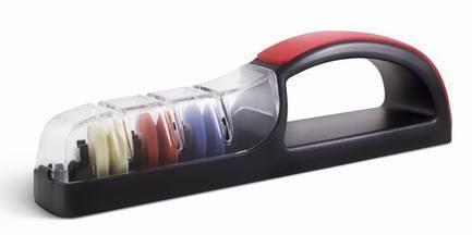 Точилка для ножей Global, 3 этапа заточки, черно-краснаяМусаты, Устройства для заточки<br><br><br>Серия: Global