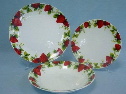 Набор тарелок Клубника на 6 персон, 18 пр.