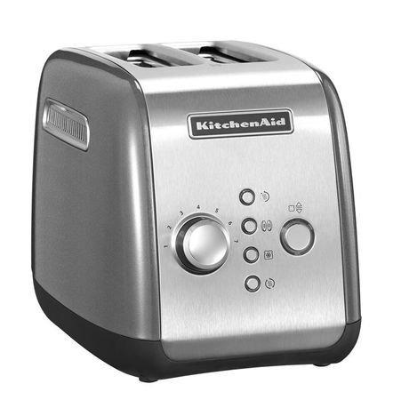 Тостер стальной KMT221, загрузка 2 хлебца, серебристыйТостеры<br>Новая модель 2014 года. Яркий, практичный и функциональный тостер предназначен для одновременного приготовления двух тостов. Корпус тостера изготовлен из стали. Несмотря на то, что эта новая модель отличается на вид от более привычного тостера Artisan, фирменный американский китченэйдовский стиль был сохранен.     Температура регулируется поворотом хромированной ручки. Всего здесь предусмотрено 7 степеней поджаривания, также есть отдельная кнопка, включающая режим размораживания. Вы можете готовить хрустящие тосты не только из свежего хлеба, но и из замороженного. Тостер правильно разморозит каждый ломтик и поджарит его.     Отверстие решетки для тостов широкие, так что в них вы сможете поджаривать и классические плоские кусочки хлеба - тосты, и разнообразные булочки и бейглы. Кроме того, для приготовления булочек и бейглов есть специальная функция, включив которую вы сможете получить подогретые снаружи и поджаренные изнутри булочки - идеальные для намазывания различными начинками. В этой модели есть функция ручного поднятия тостов. Нажав на кнопку Приготовление/Отмена, вы сможете вручную опустить и поднять выпечку.     С этим тостером у вас нет необходимости торопливо вынимать горячие кусочки хлеба, как только они будут готовы. Здесь есть режим подогрева, с которым готовые тосты будут подогреваться и останутся теплыми в течение 3 минут после приготовления.     Характеристики:   Поддон для крошек выдвижной  Гарантия: 2 года<br>